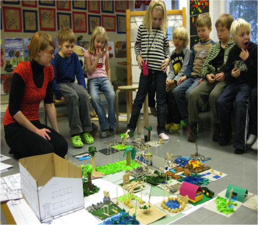 <p>The starting task was to built two models to cardboards 15cmx15cm. One of a nice place and other of an unpleasant place. The places didn't need to be in the schoolyard. Every pupil built up these two models.  In the end we combined all the models forming together new ideas for the schoolyard.</p>